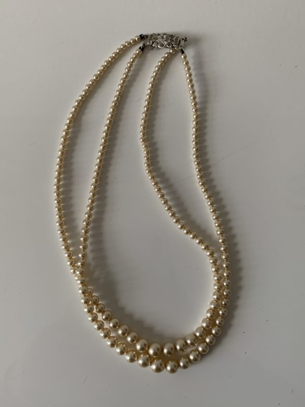 Ancien collier de perles fantaisie - 2 rangs